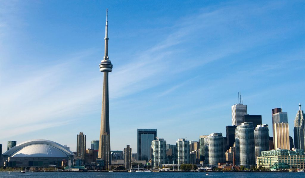 Toronto skyline featuring the CN Tower